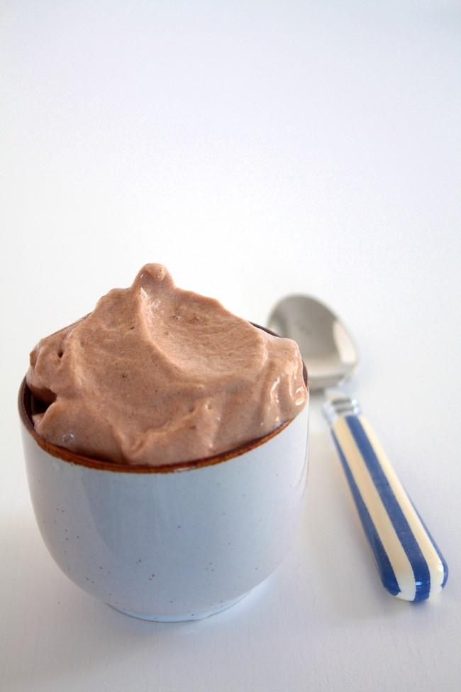 helado de platano y cacao