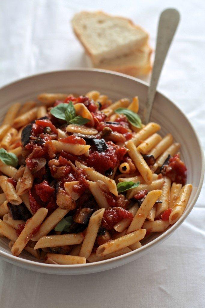pasta-con-salsa-de-berenjena